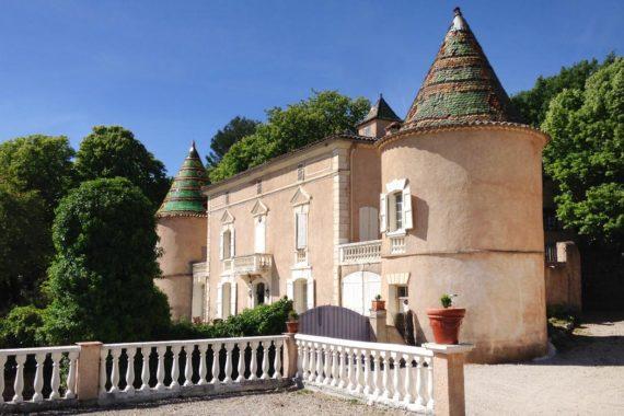 Tohapi Château de l'Eouvière Camping tohapi